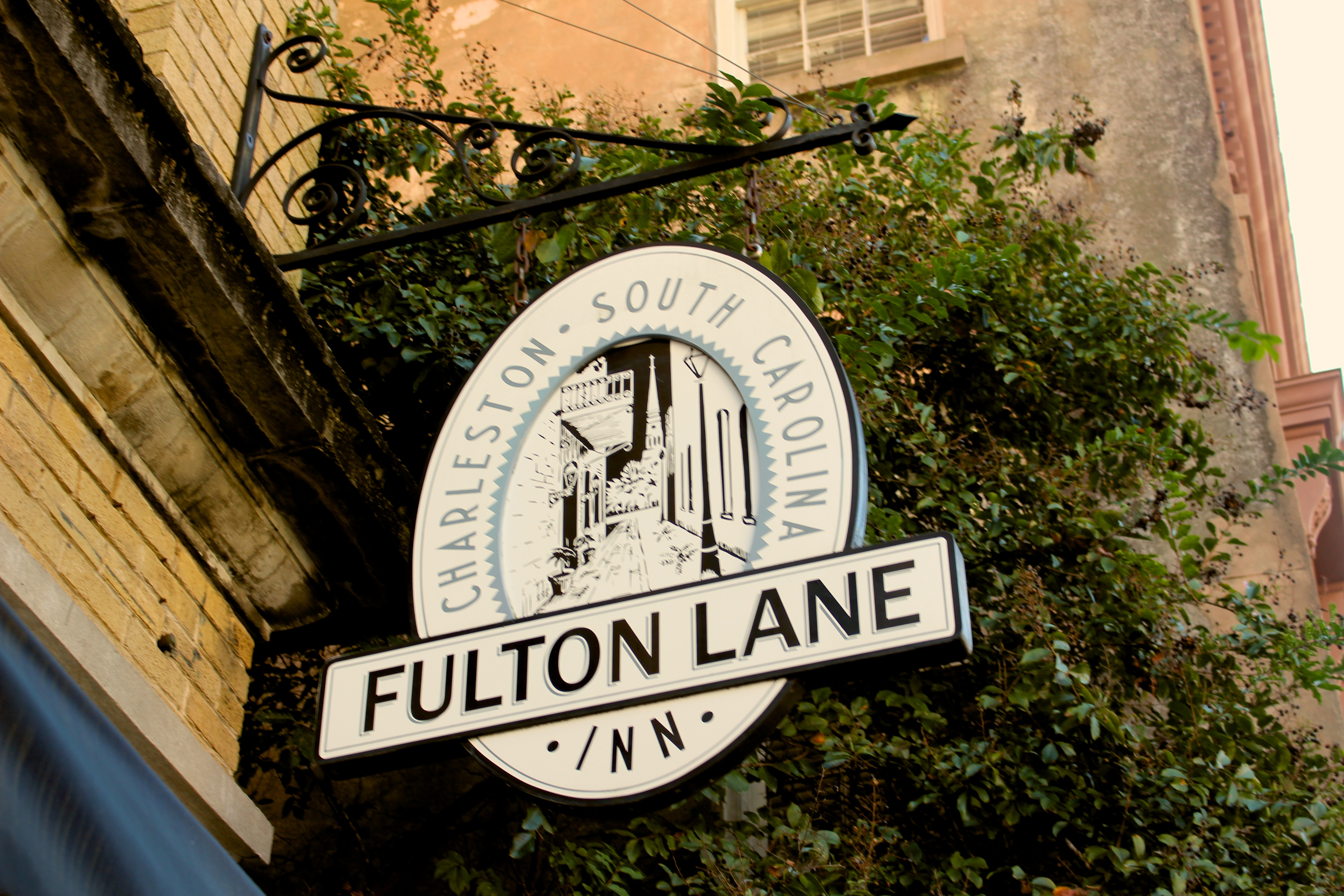the fulton lane inn a great place to stay in charleston. Black Bedroom Furniture Sets. Home Design Ideas