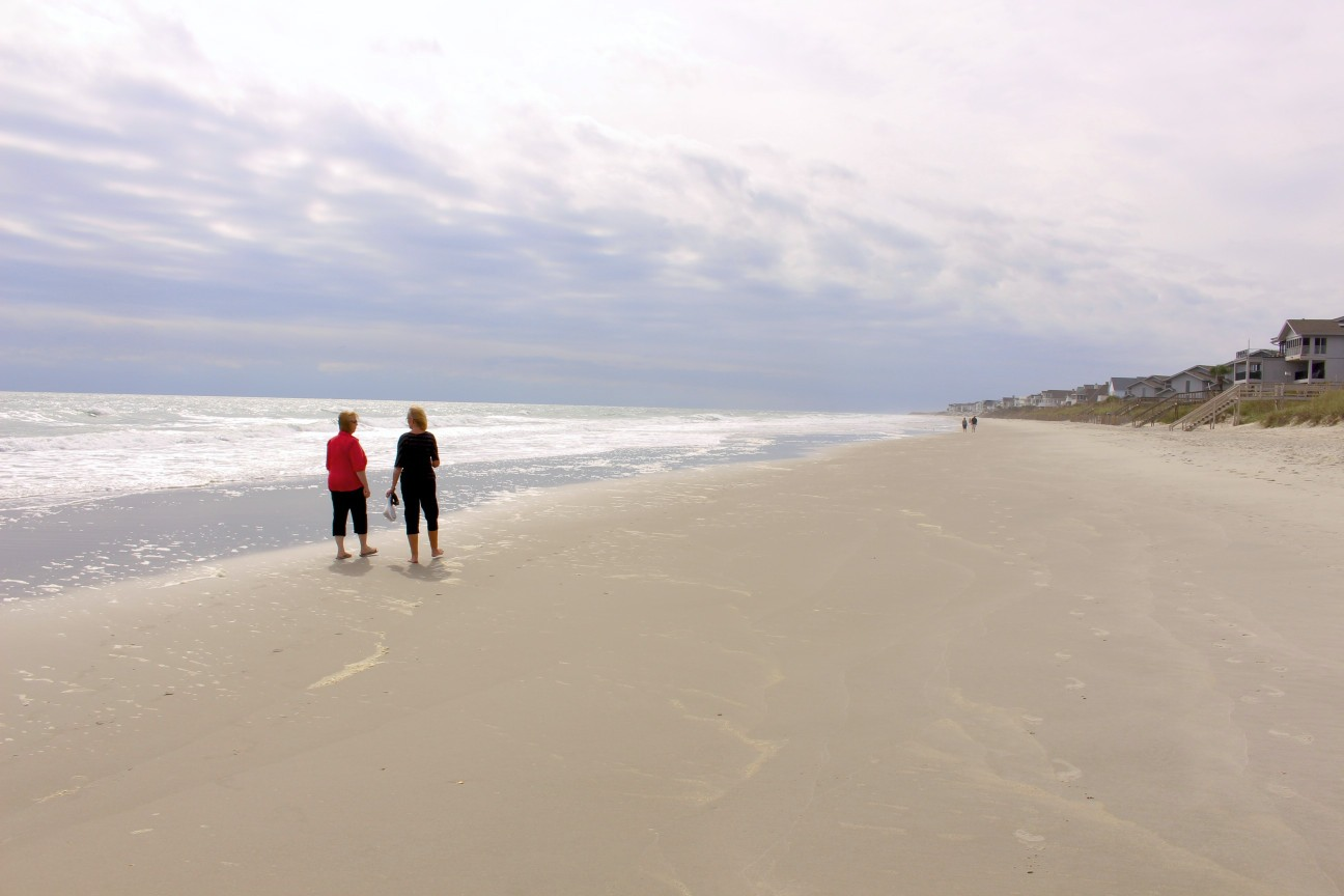 photo essay small seaside towns in south carolina bon voyage even in pawleys island beach is an ideal place to enjoy a morning or afternoon or evening walk