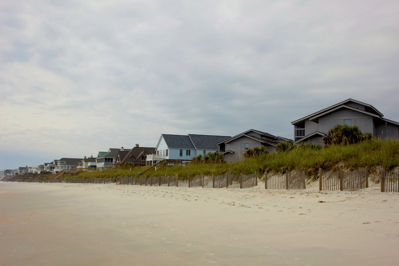 even in october pawleys island beach is an ideal place to enjoy a